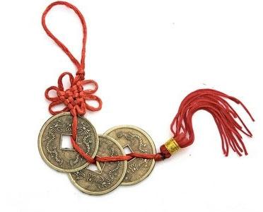 китайские монетки на шнурке